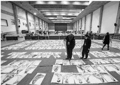 中国美术学院艺考最后一轮阅卷 一张高分卷36人打分