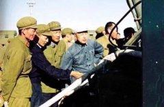 """""""两弹一星""""元勋钱学森:为导弹事业保驾护航"""
