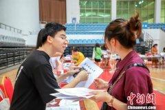 华中师大1300余名公费师范毕业生重返母校攻读硕士